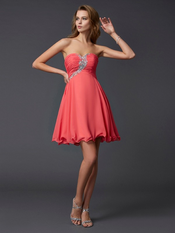A-Line Sweetheart Chiffon Short Cocktail/Homecoming Dresses with Beading