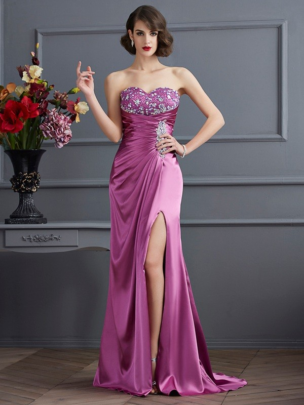 Sheath/Column Sweetheart Sleeveless Sweep/Brush Train Elastic Woven Satin Prom/Evening Dresses with Beading