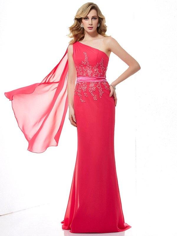 Sheath/Column Sleeveless One-Shoulder Chiffon Sweep/Brush Train Dresses with Applique with Beading