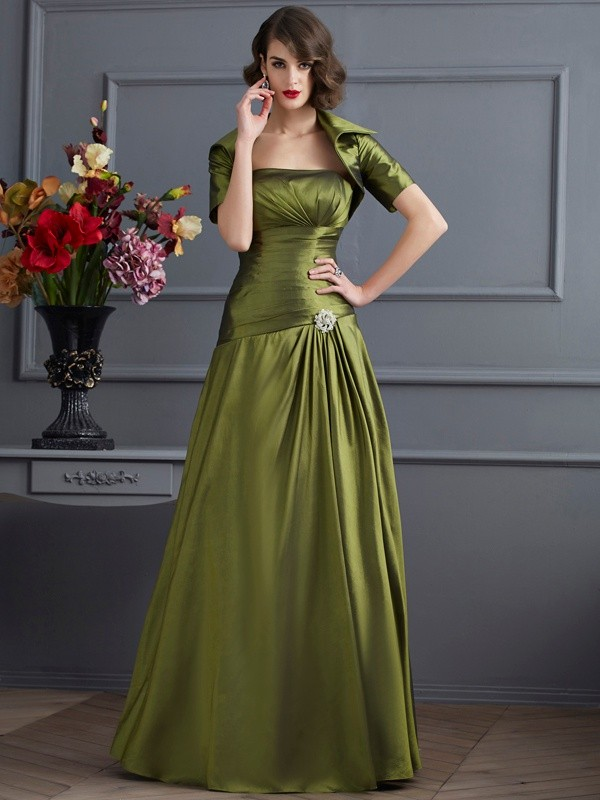 A-Line/Princess Strapless Sleeveless Floor-Length Taffeta Dresses with Pleats