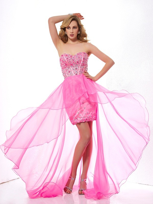A-Line/Princess Sweetheart Asymmetrical Sleeveless Organza Dresses with Beading
