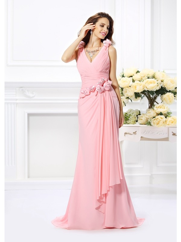 Trumpet/Mermaid Sleeveless Chiffon V-neck Sweep/Brush Train Dresses with Hand-Made Flower