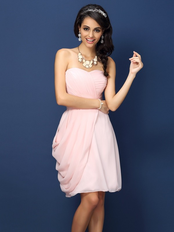 Sheath/Column Sweetheart Sleeveless Short/Mini Chiffon Bridesmaid Dresses with Pleats