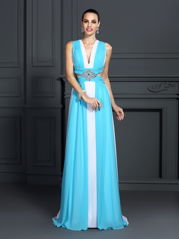A-Line/Princess Halter Sleeveless Sweep/Brush Train Chiffon Prom Dresses with Ruffles