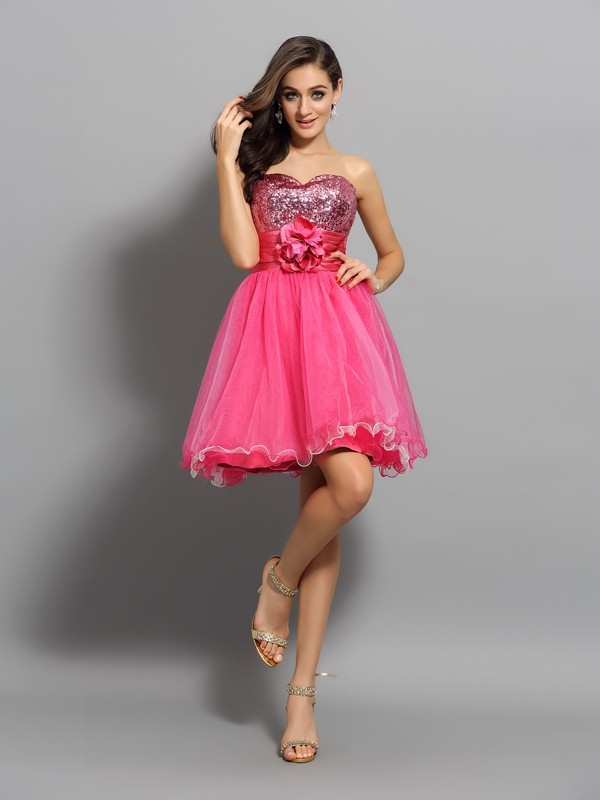 A-Line/Princess Net Sleeveless Sweetheart Short Cocktail/Homecoming Dresses with Ruffles