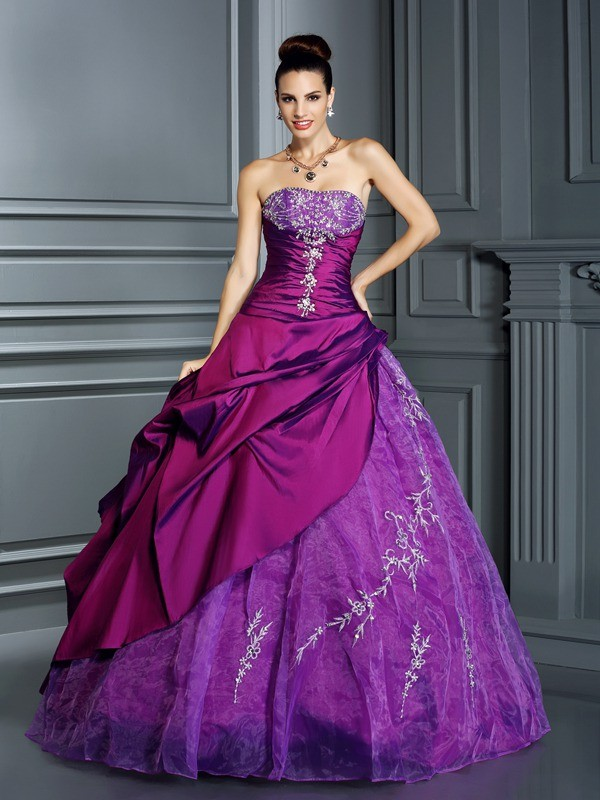 Ball Gown Strapless Sleeveless Floor-Length Taffeta Quinceanera Dresses with Applique