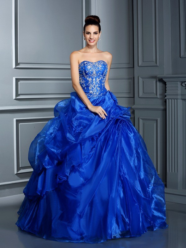 Ball Gown Sweetheart Sleeveless Floor-Length Satin Quinceanera Dresses with Applique