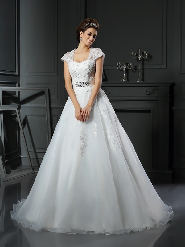 Ball Gown Sleeveless Square Organza Chapel Train Wedding Dresses with Applique with Beading
