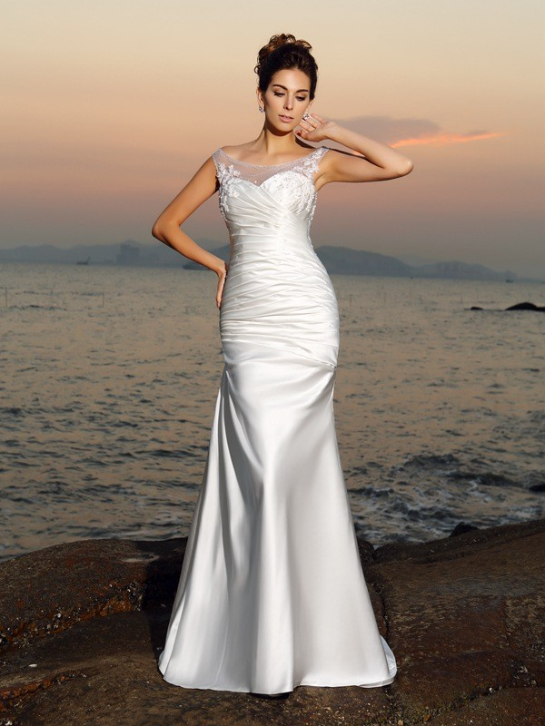Trumpet/Mermaid Scoop Sleeveless Satin Sweep/Brush Train Beach Wedding Dresses with Applique with Beading
