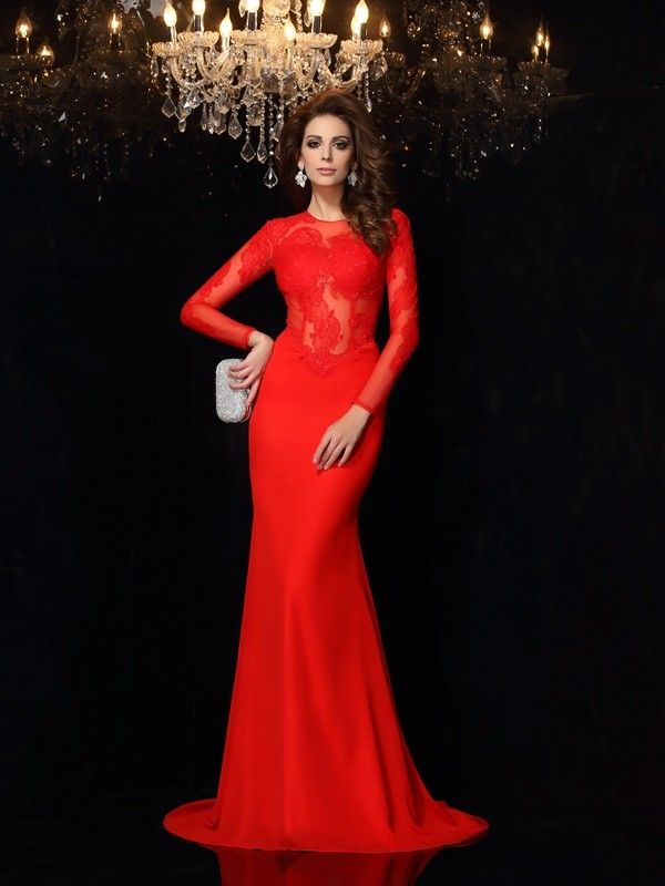 Sheath/Column Scoop Long Sleeves Chiffon Court Train Dresses with Lace