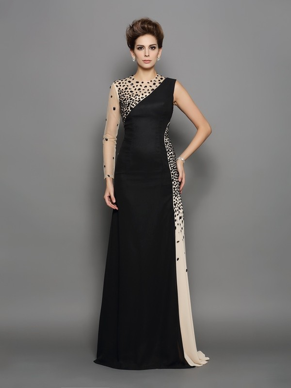 A-Line/Princess High Neck Long Sleeves Chiffon Sweep/Brush Train Prom Dresses with Beading
