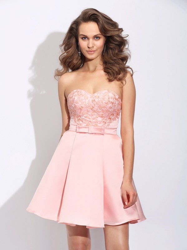 A-Line/Princess Sleeveless Sweetheart Short/Mini Satin Cocktail Dress with Ruffles