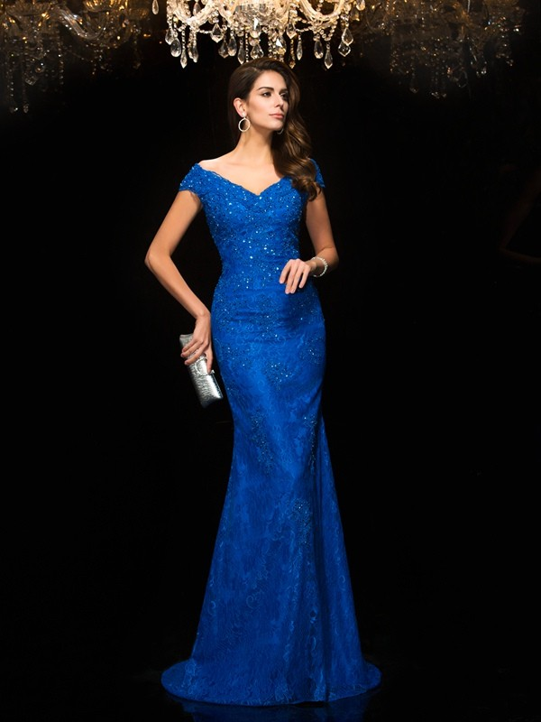 Trumpet/Mermaid V-neck Sleeveless Sweep/Brush Train Mother Of The Bride Dress with Lace