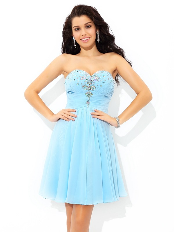 A-Line Sweetheart Short/Mini Chiffon Cocktail Dress with Beading