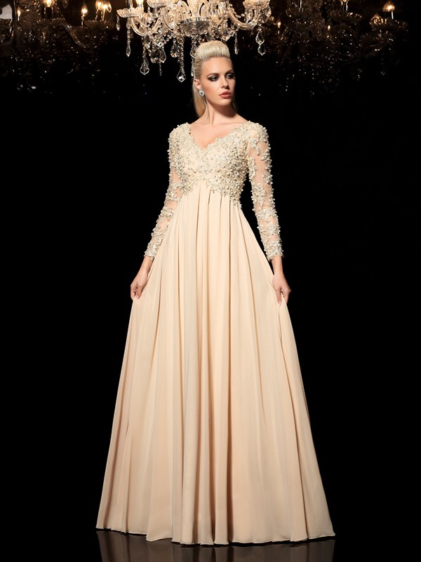 A-Line/Princess V-neck Long Sleeves Floor-Length Chiffon Prom Dress with Applique