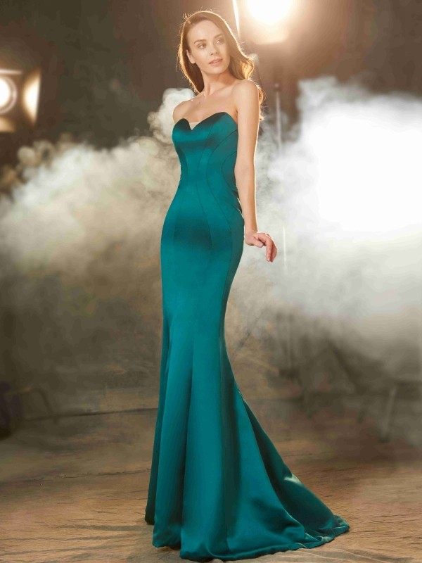 Trumpet/Mermaid Sweetheart Sleeveless Sweep/Brush Train Satin Dress with Ruched