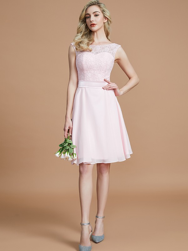 A-Line/Princess Bateau Short/Mini Chiffon Bridesmaid Dresses with Lace
