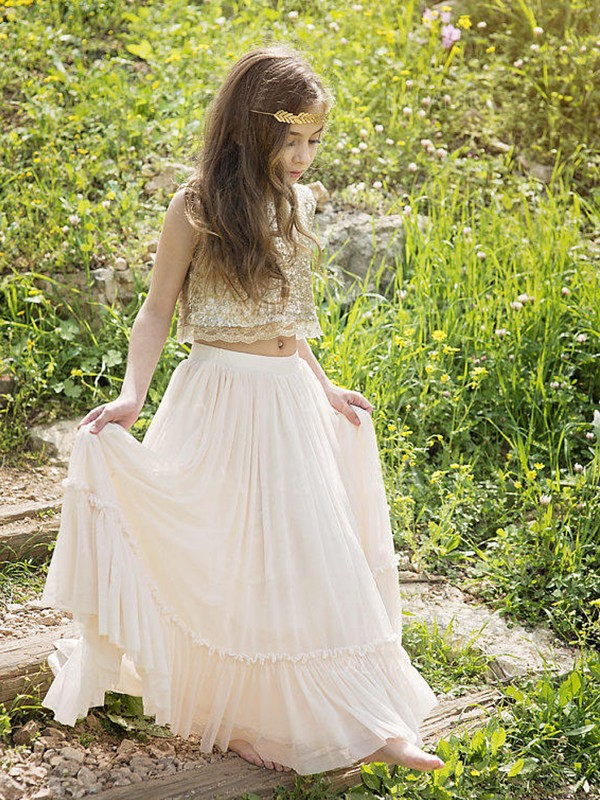 A-Line/Princess Scoop Floor-Length Chiffon Flower Girl Dresses with Sequins