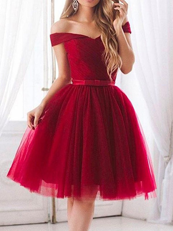 A-Line/Princess Tulle Off-the-Shoulder Short Dresses with Ruffles