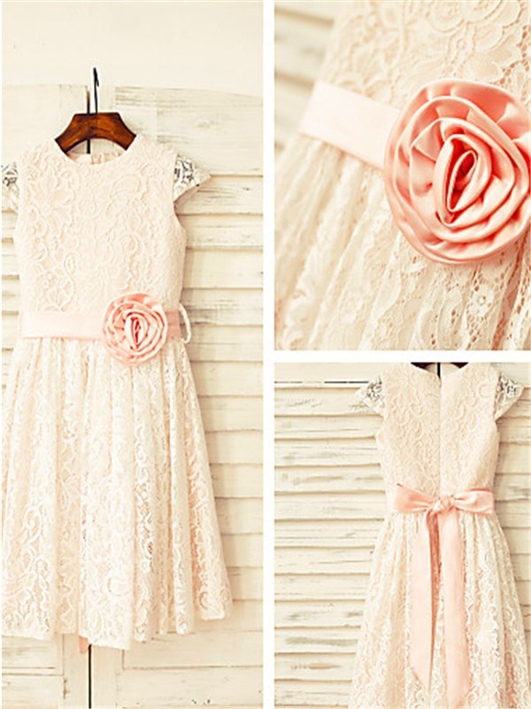 A-line/Princess Scoop Short Sleeves Tea-length Lace Flower Girl Dresses with Hand-made Flower