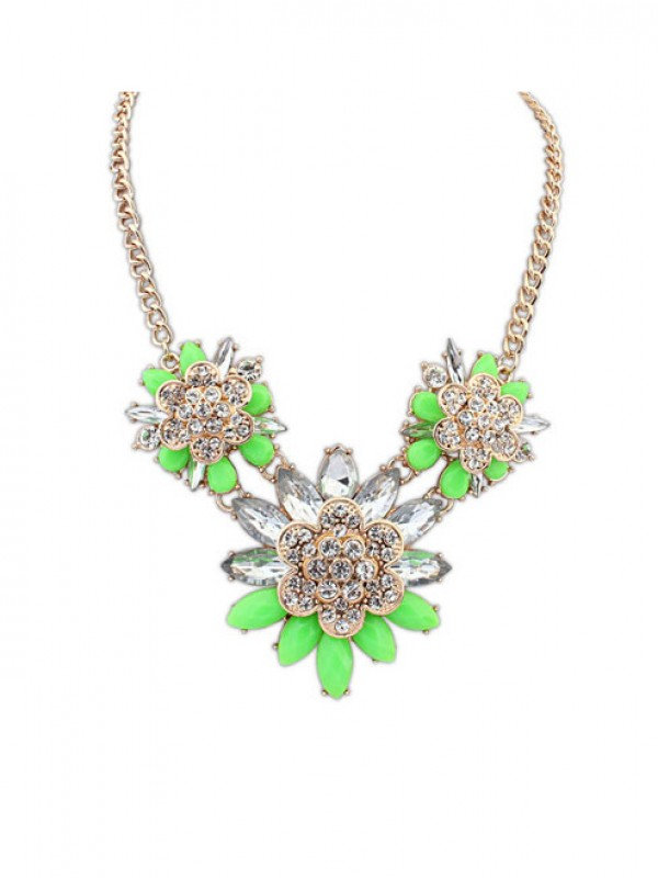 Occident Stylish Exquisite Flowers with diamonds Necklace