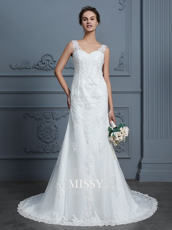 Trumpet/Mermaid V-neck Lace Court Train Tulle Wedding Dresses