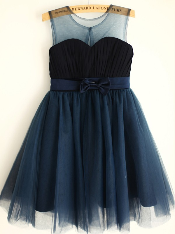 A-Line/Princess Tulle Scoop Sleeveless Knee-Length Flower Girl Dresses with Bowknot
