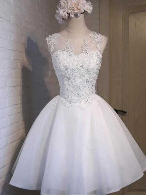 A-Line/Princess Tulle Sheer Neck Sleeveless Short/Mini Homecoming Dresses with Applique