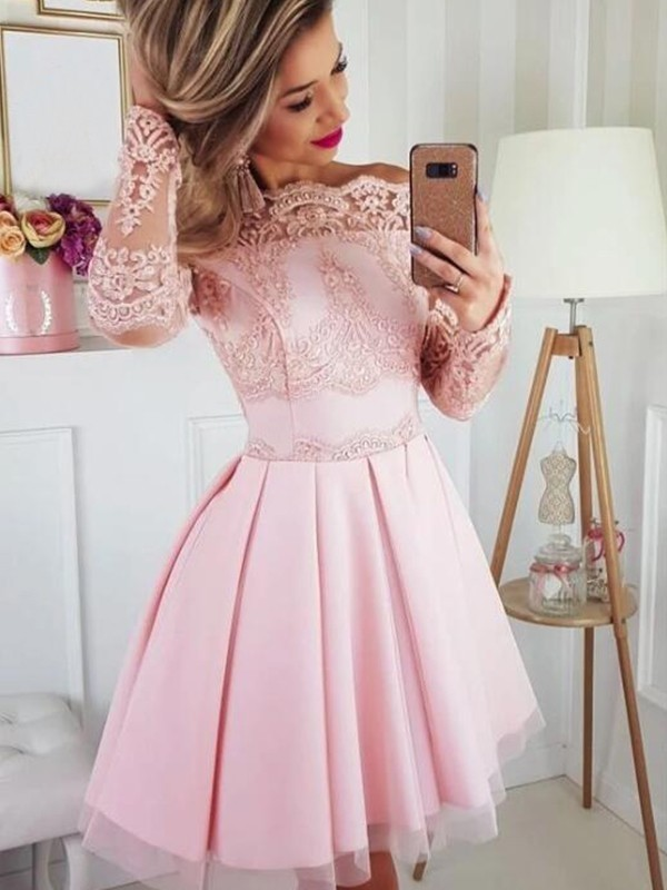 A-Line/Princess Satin Off-the-Shoulder Long Sleeves Short/Mini Homecoming Dresses with Lace