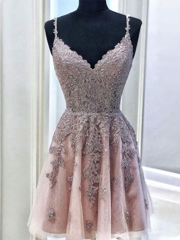 A-Line/Princess Tulle Spaghetti Straps Sleeveless Short/Mini Homecoming Dresses with Beading