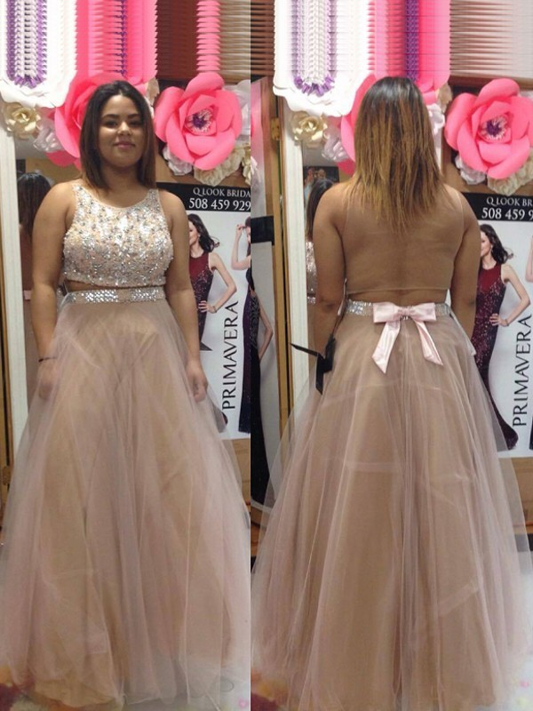 A-Line/Princess Scoop Floor-Length Tulle Plus Size Dresses with Beading