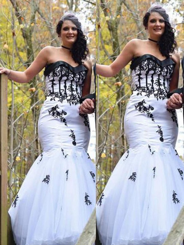 Trumpet/Mermaid Sweetheart Floor-Length Tulle Plus Size Dresses with Applique