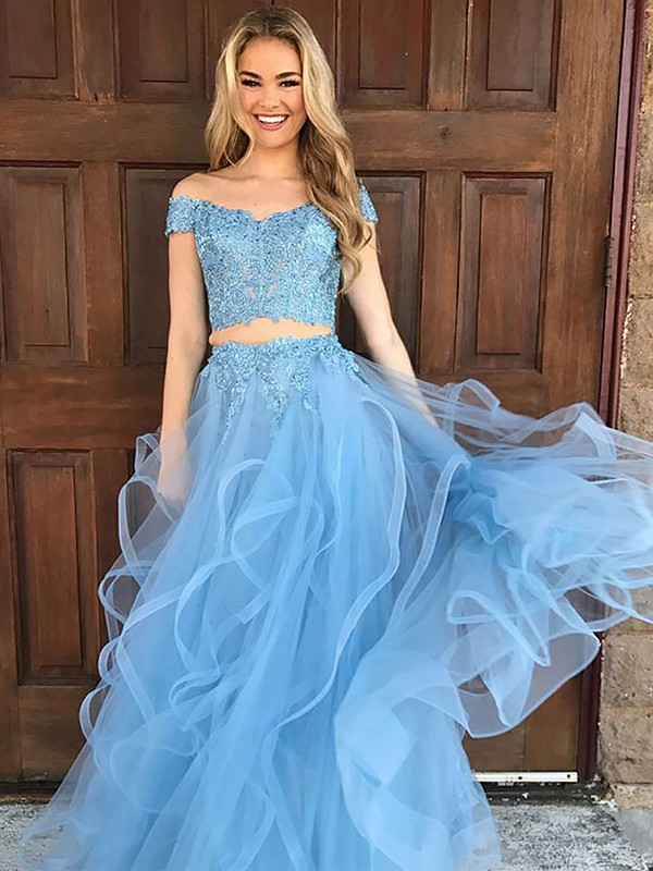 A-Line/Princess Off-the-Shoulder Tulle Floor-Length Two Piece Dresses with Applique
