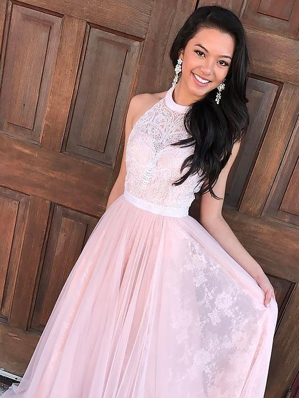 A-Line/Princess Halter Tulle Lace Sweep/Brush Train Dresses
