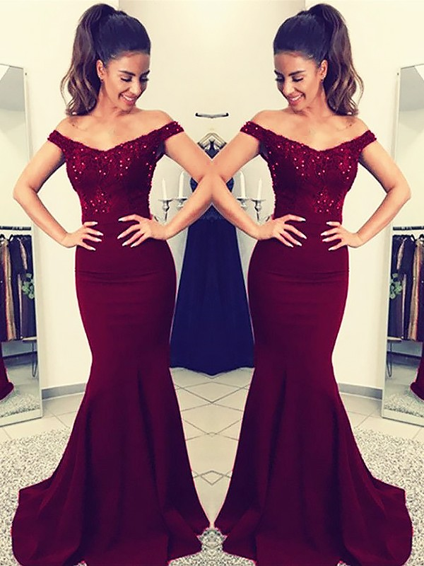 Trumpet/Mermaid Off-the-Shoulder Sweep/Brush Train Satin Dresses with Lace