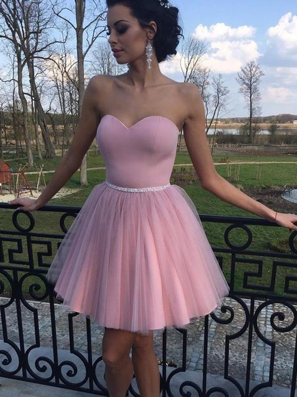 A-Line/Princess Sweetheart Tulle Short/Mini Dresses with Pleats