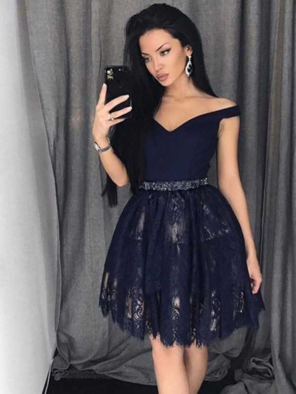 A-Line/Princess Satin Off-the-Shoulder Short/Mini Lace Dresses with Beading