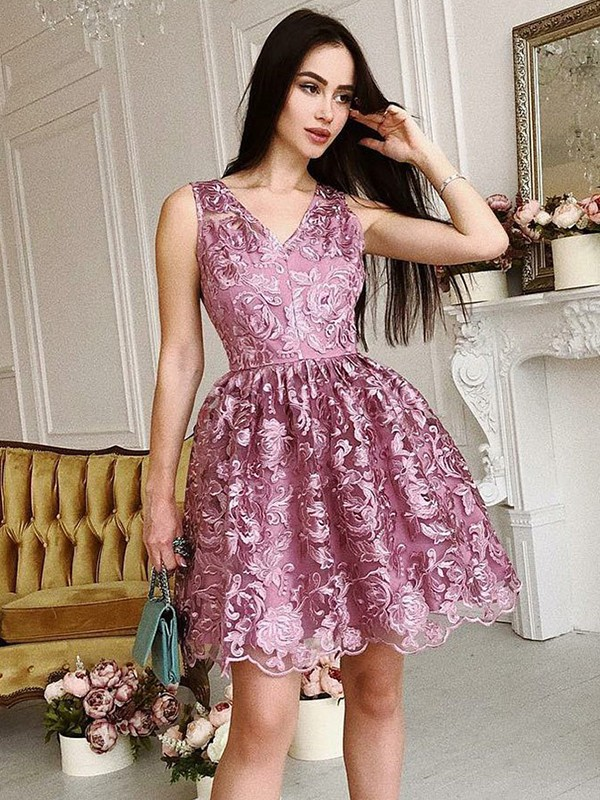 A-Line/Princess V-Neck Organza Short/Mini Dresses with Ruched