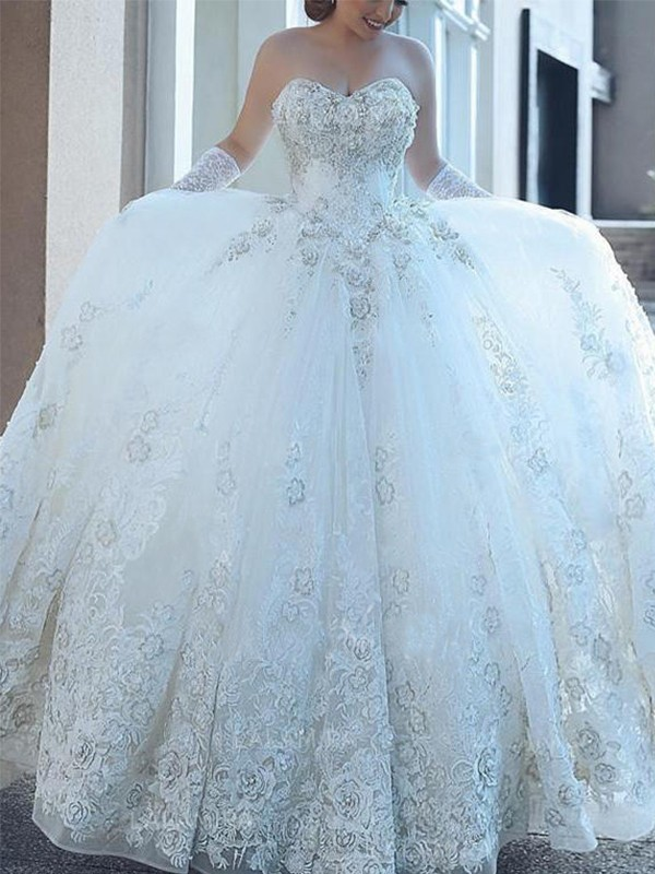 Ball Gown Sweetheart Tulle Cathedral Train Wedding Dresses with Applique