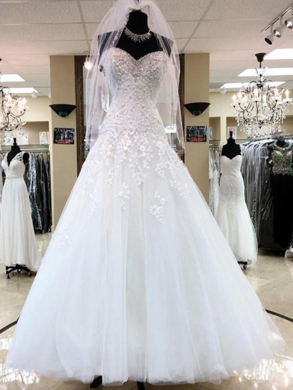 Ball Gown Sweetheart Tulle Floor-Length Wedding Dresses with Applique