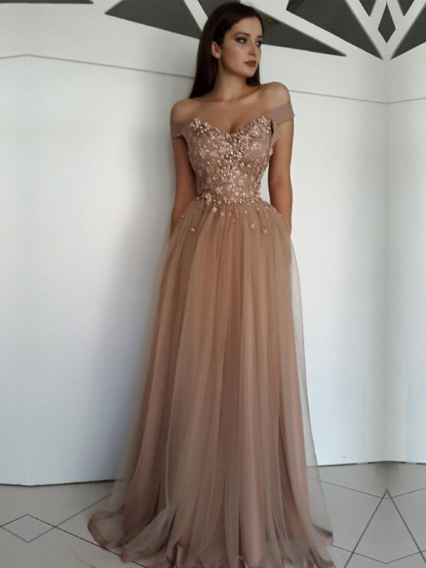 A-Line/Princess Off-the-Shoulder Floor-Length Tulle Dresses with Applique