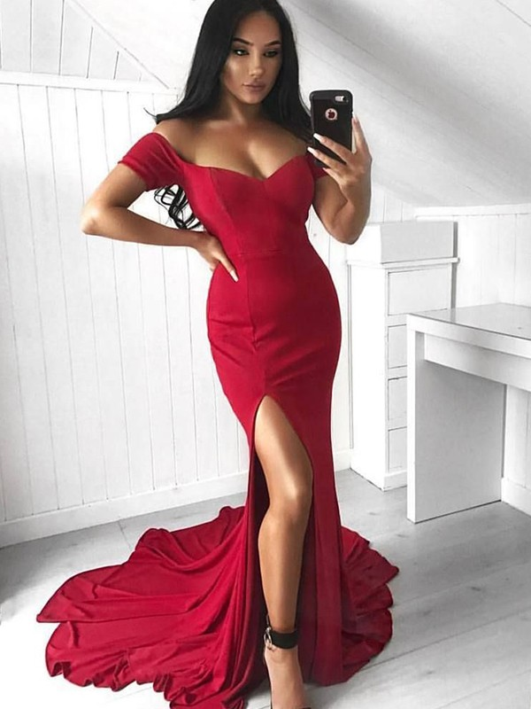 Trumpet/Mermaid Off-the-Shoulder Court Train Spandex Dresses with Ruffles