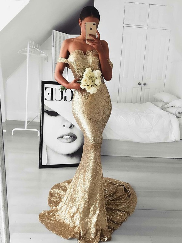 Trumpet/Mermaid Off-the-Shoulder Sweep/Brush Train Sequins Dresses with Ruffles