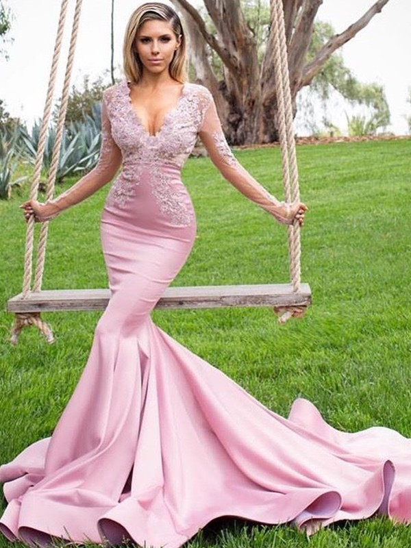 Trumpet/Mermaid V-neck Sweep/Brush Train Satin Dresses with Applique