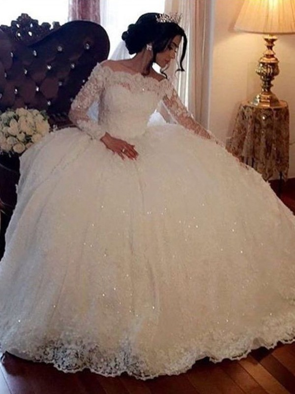 Ball Gown Bateau Long Sleeves Floor-Length Tulle Wedding Dresses with Lace
