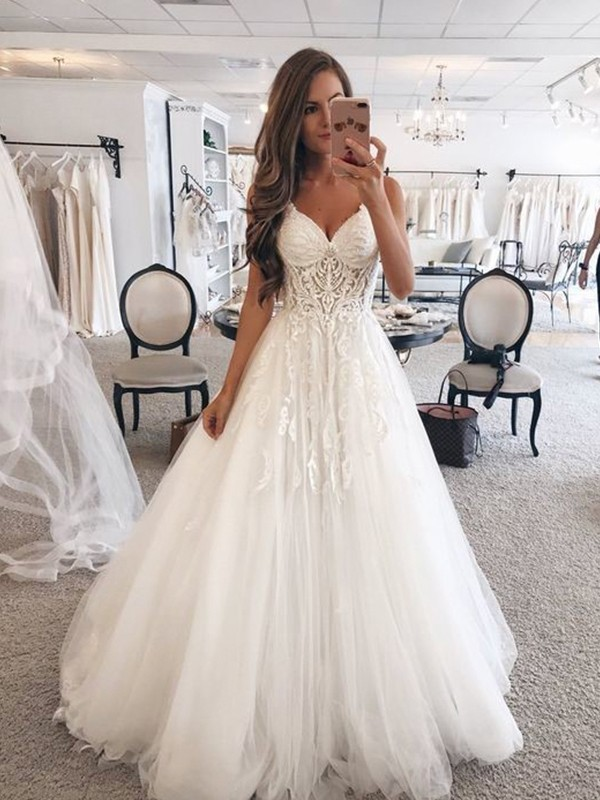 A-Line/Princess Sweetheart Sleeveless Floor-Length Tulle Wedding Dresses with Lace