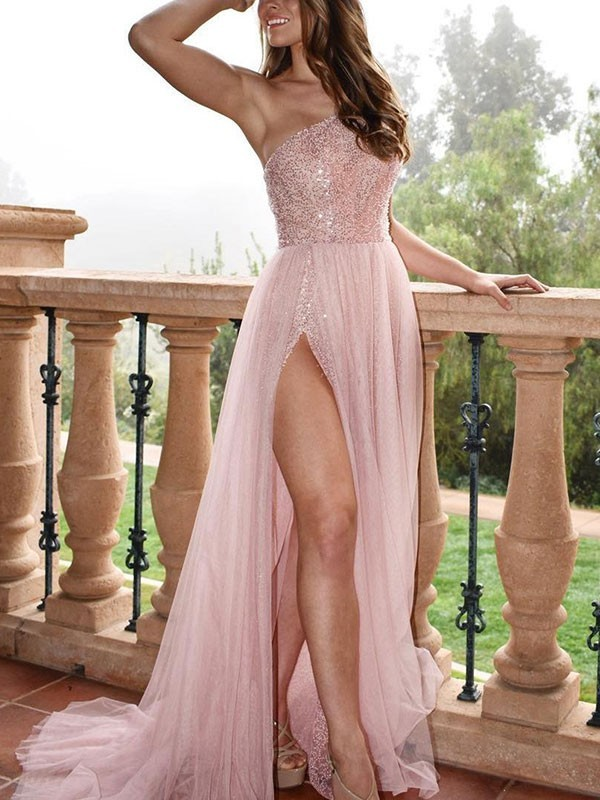 A-Line/Princess Sleeveless One-Shoulder Sweep/Brush Train Tulle Dresses with Beading