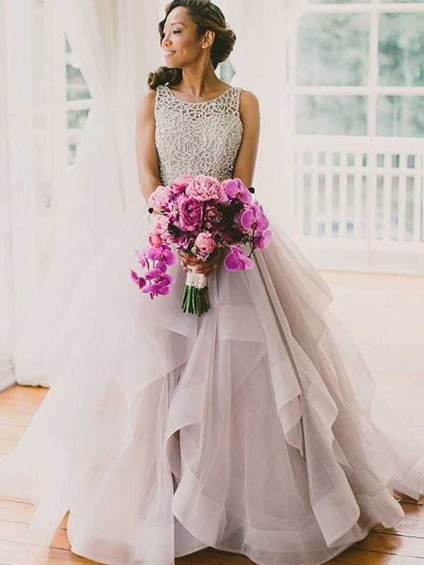 Ball Gown Sleeveless Scoop Floor-Length Tulle Wedding Dress with Beading