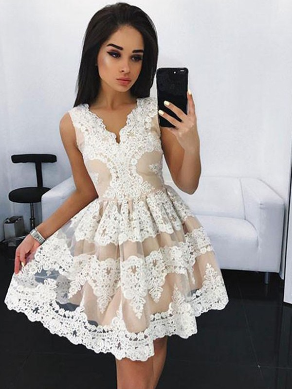A-Line V-neck Sleeveless Lace Short Tulle Dress
