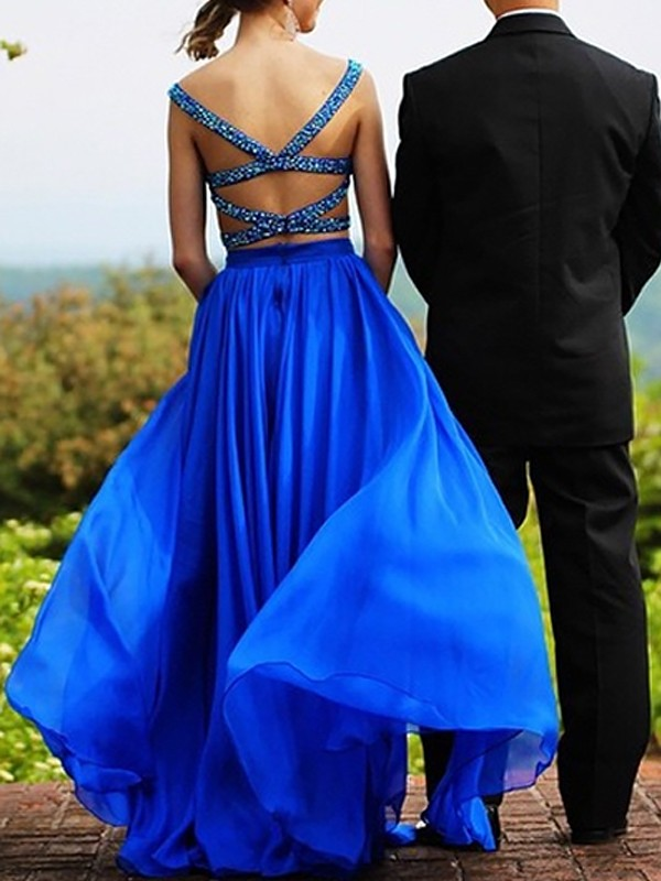 A-Line/Princess Sweetheart Chiffon Floor-Length Two Piece Dresses with Beading